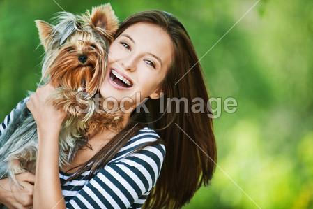 Rendere lucido il pelo del tuo cane: alcuni rimedi naturali