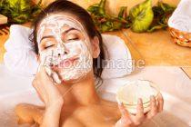 3 maschere viso naturali e facili da preparare